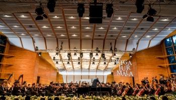 """Festivāla """"Rīga Jūrmala"""" muzikālais vakars un saruna ar maestro Džanandreu Nozedu"""