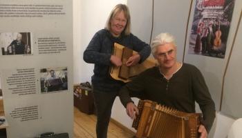 Ilmārs Pumpurs: Tautas mūzikas instrumenti dod iespēju tos spēlēt mājās, savam priekam