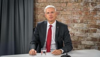 Valdības vadītājs aicina ievērot drošības pasākumus, lai apturētu Covid-19 vilni Latvijā