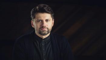 Mūziķis - vairāku jaunu un godalgotu filmu mūzikas autors Kārlis Auzāns