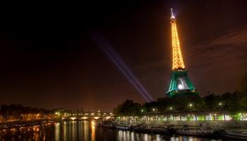 31. marts. Parīzē Vispasaules izstādē iesvētīja Eifeļa torni