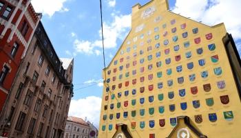 Latvijas pašvaldību zīmoli: kā tie veidojušies un vēsta par konkrēto vietu