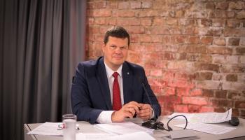 Gerhards: Valsts varētu aizņemties ap 5 miljardiem euro ekonomikas stiprināšanai