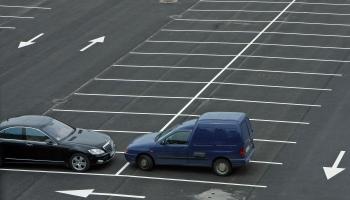 Госполиция проследит за молодежью на автостоянках