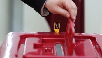 По всей Латвии начали работать избирательные участки в дежурном режиме