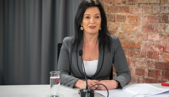 Ramona Petraviča: Latvijas bērnu adopciju uz ārzemēm nevajag aizliegt