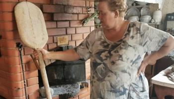 Maizis muote – Aglyunys maizis muzeja saimineica VIJA KUDIŅA