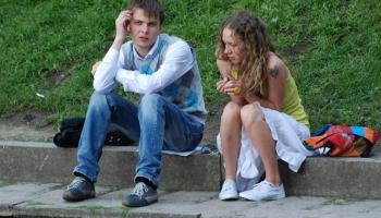 Kas ir līdzgaitniecība un kā tā var palīdzēt jauniešiem