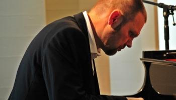 Džeza pianista Madara Kalniņa pirmais autorkoncerts 26.martā VEF k/p