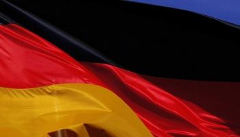 Vācijas vadība apstiprinājusi pretrunīgi vērtēto lielceļu nodevu