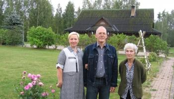 Pie Smirnovu ģimenes Ķeguma novada Tomes pagastā