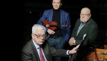 """Raimonds Pauls un Zigfrīds Muktupāvels albumā ar Jāņa Petera dzeju """"Krāsu balāde"""""""