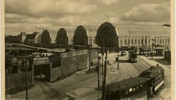 1. novembris. Atklāj Rīgas centrāltirgu – vienu no modernākajiem tirgiem Eiropā