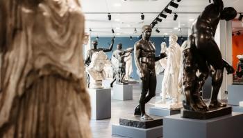 Skulptūru mežs, kurā ienirt, apmaldīties un sajust Antīkās un renesanses mākslas diženumu