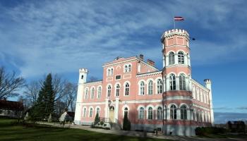 Замки Латвии: короли, феодалы и принцессы на горошине