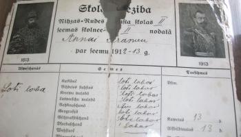 Auces novads: Mīklas Ukru vēstures istabā un simts gadu veca liecība Aucē