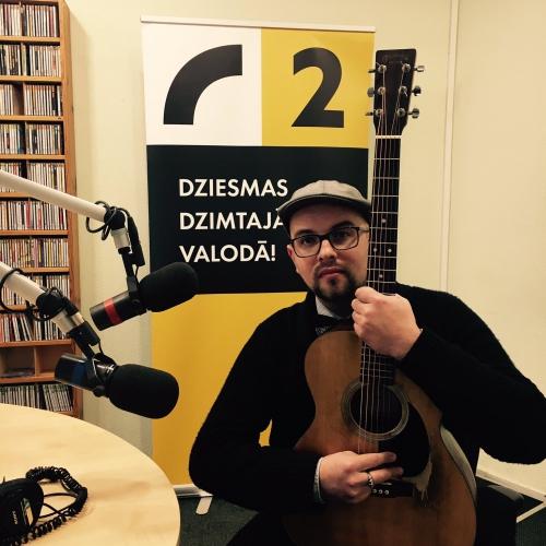 Lauris Valters pieskandina studiju