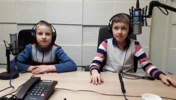 Oskars Timinieks un Tomass Šatilovs labprāt dzied kopā un arī solo
