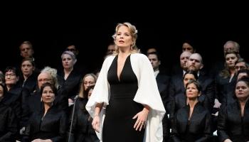 """Ņujorkas Metropoles operā - Elīna Garanča Hektora  Berlioza  """"Fausta pazudināšanā"""""""