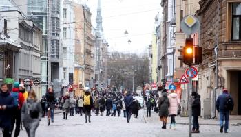 Eksperiments ar Tērbatas ielu: kā veidot zaļu, pilsētniekiem draudzīgu un drošu vidi?