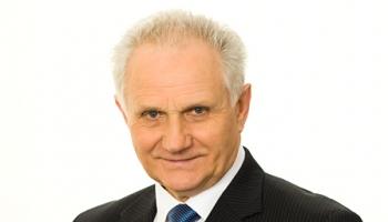 Gunārs Jākobsons - sporta komentētājs  Nr. 1,  radio žurnālists ar 61 gada darba stāžu