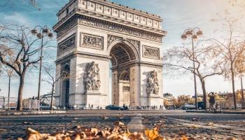 Par studentiem, Parīzi un bobsleju