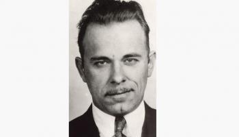 22. jūlijs. ASV notver leģendāro gangsteri – Džonu Herbertu Dilindžeru