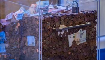 """Labdarības maratonā """"Dod pieci!"""" saziedoti jau 319 889 eiro!"""