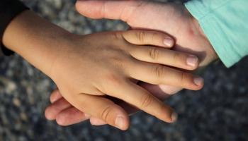 Bērnu slimnīcas fonds vāks ziedojumus bērnu ar Autiskā spektra traucējumiem terapijai