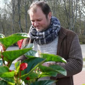 Stādaudzētājs Andrejs Vītoliņš. Viņš spēlējis teātri un labprāt arī fotografē