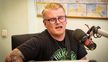 """Atis Ieviņš ciemos ar savu jaunāko singlu """"Šai pusnaktī"""""""