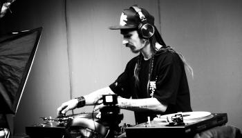 DJ ALAN live vinyl mix