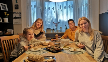 Galvenās vērtības - savstarpēja cieņa un uzticēšanās. Ciemos pie Oļševsku ģimenes Valgundē