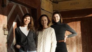Dziedam dziesmas un ciemojamies pie Rancānu ģimenes Baltinavā