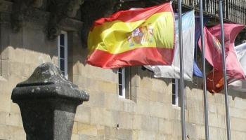 Divas puslodes: Spānija pēc vēlēšanām, ASV iekšpolitika un notikumi Čīlē un Bolīvijā
