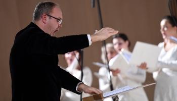 """Valsts akadēmiskā kora """"Latvija"""" sezonas ieceres. Tapis skaņdarba """"Koki"""" video"""