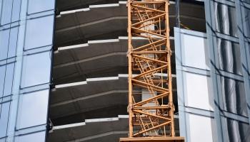 Скандал с Z Towers: Стройуправа жалуется на давление со стороны мэра Риги