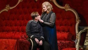 """Riharda Štrausa opera """"Rožu kavalieris"""" Ņujorkas Metropoles operā"""