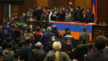 ASV pēc vēlēšanām. Vai Kalnu Karabahā būs miers?