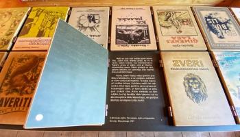 Kultūras rondo ciemojas Pastariņa muzejā: cep maizi un pēta dzimtas koku