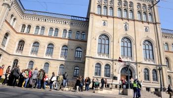 Beidzamajā pieteikšanās dienā lielākais pieteikumu skaits studijām ir Latvija Universitātē