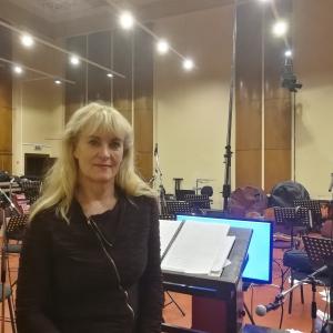 Diriģente Eimija Andersone:  Latvijas Radio studija ir īsts dārgums