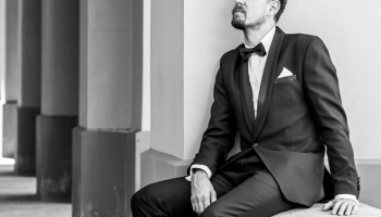LMB nominants Rinalds Kandalincevs debitē LNO, lepojas ar saviem audzēkņiem un gladiolām
