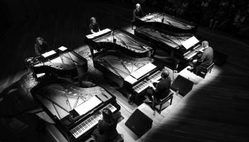 Gregors Švellenbahs un sešas klavieres Ventspilī