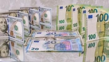 Interese par studiju kredītiem noturīgi augsta, aug aizdevumu vidējā summa