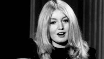 Velsiešu dziedātāja Mērija Hopkina