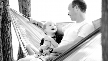 Ģimeņu modeļi ir dažādi: reālais un nepieciešamais atbalsts vienam vecākam ar bērniem