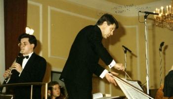 JVLMA simtgadi gaidot. JVLMA simfoniskais orķestris 20. gadsimta pēdējās desmitgadēs