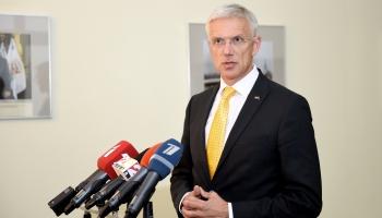 Krustpunktā izvaicājam Ministru prezidentu Krišjāni Kariņu