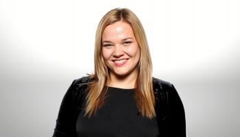 """Brīvprātīgā darba pieredze. """"Latvijas Sarkanā Krusta"""" pārstāve Agnese Trofimova"""